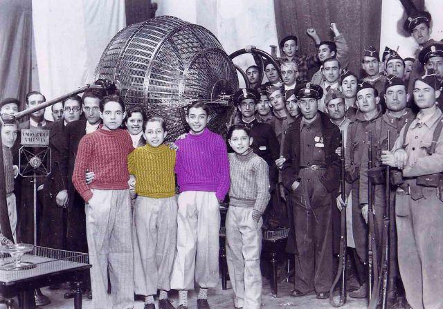 Sorteo de la loteria de Navidad. Valencia 1936