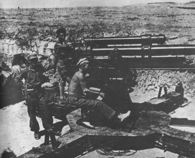 spanelsko_1938_gottwaldova_delostrelecka_baterie