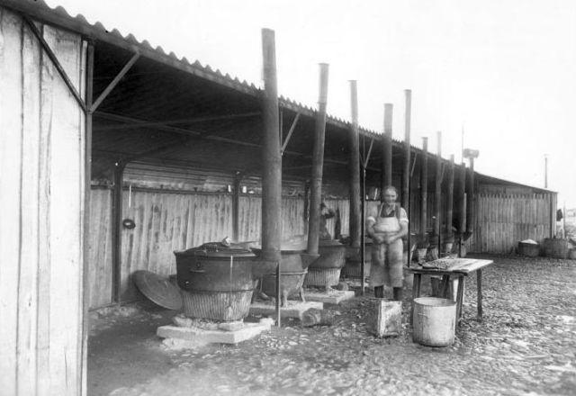 Cuisines dans îlot Gurs.10-11-1941.